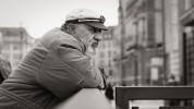 querformat-fotografie - Achim Katzberg - Street - Männer mit Bärten - Streets of Hamburg #14