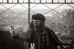 querformat-fotografie - Achim Katzberg - Street - Männer mit Bärten - You never walk alone ...