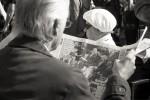 querformat-fotografie - Achim Katzberg - Street - Spontan B/W - Headlines