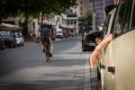 querformat-fotografie - Achim Katzberg - Street - Spontan Color - Waiting