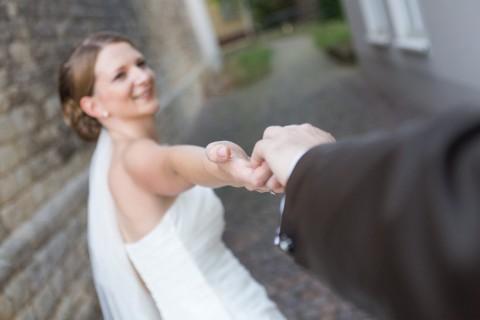 querformat-fotografie - Achim Katzberg - Hochzeit in Guntersblum – Sina & Johannes - querformat-fotografie_Hochzeit_in_Guntersblum-Sina_und_Johannes-006