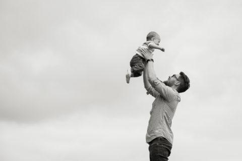 querformat-fotografie - Achim Katzberg - querformat-fotografie_Familienshooting_Julia-Lukas-Emil-003