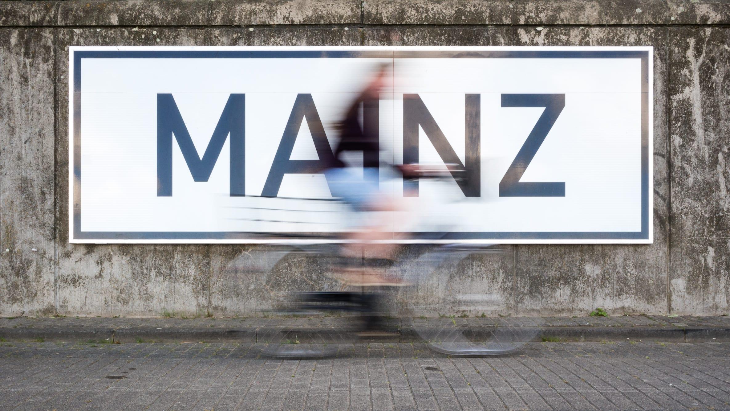 querformat-fotografie - Achim Katzberg - Street Fotografie - DER WORKSHOP - MAINZ