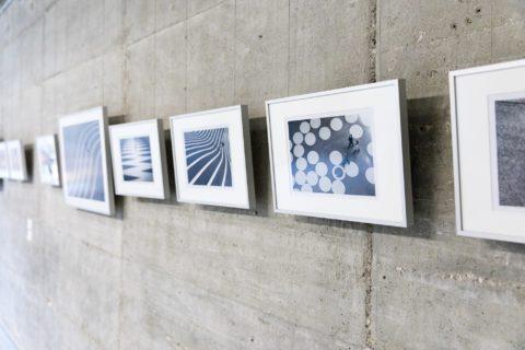 querformat-fotografie - Achim Katzberg - CHOREOGRAFIE DES ZUFALLS - Impressionen einer Ausstellung - querformat-fotografie_ausstellung_choreografie_des_zufalls-001