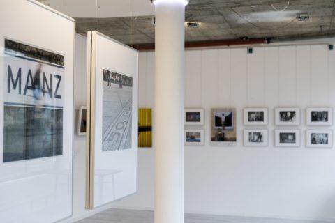 querformat-fotografie - Achim Katzberg - CHOREOGRAFIE DES ZUFALLS - Impressionen einer Ausstellung - querformat-fotografie_ausstellung_choreografie_des_zufalls-008
