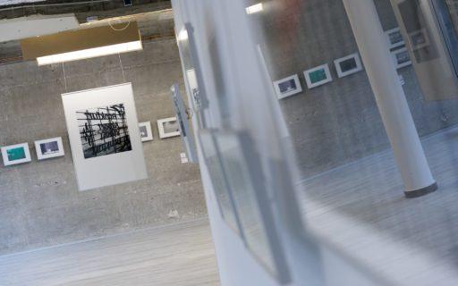 querformat-fotografie - Achim Katzberg - CHOREOGRAFIE DES ZUFALLS - Impressionen einer Ausstellung - querformat-fotografie_ausstellung_choreografie_des_zufalls-027
