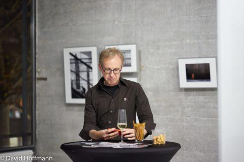 querformat-fotografie - Achim Katzberg - querformat-fotografie_ausstellung_choreografie_des_zufalls_foto_david_hoffmann-003