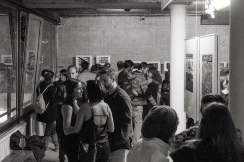 querformat-fotografie - Achim Katzberg - CHOREOGRAFIE DES ZUFALLS - Impressionen einer Ausstellung - querformat-fotografie_ausstellung_choreografie_des_zufalls_weinguut-011