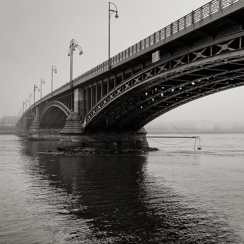 querformat-fotografie - Achim Katzberg - Mainz_im_Quadrat_001